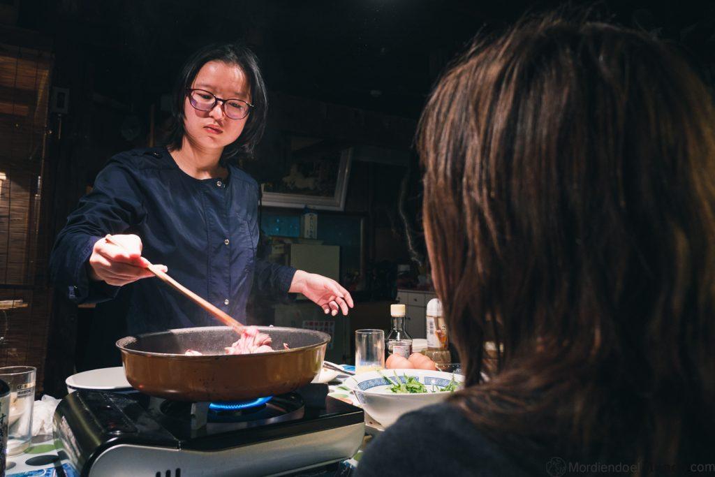 China preparando hot pot