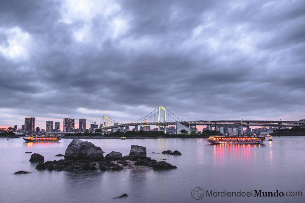 Panoramica Rainbow Bridge desde Odaiba
