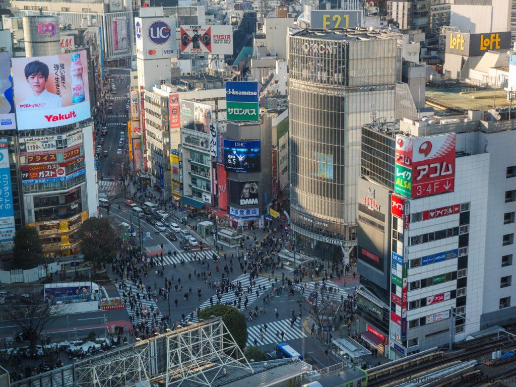 El mirador del Shibuya Hikari con vistas al cruce de Shibuya