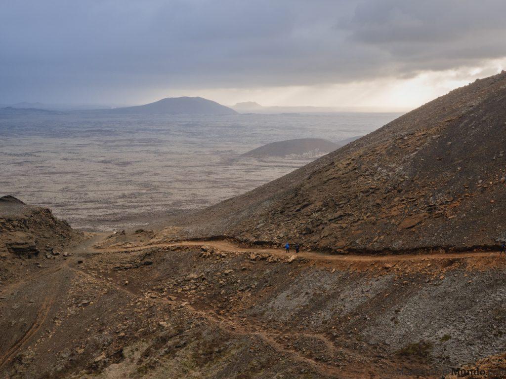 Camino de regreso después de ver el volcán