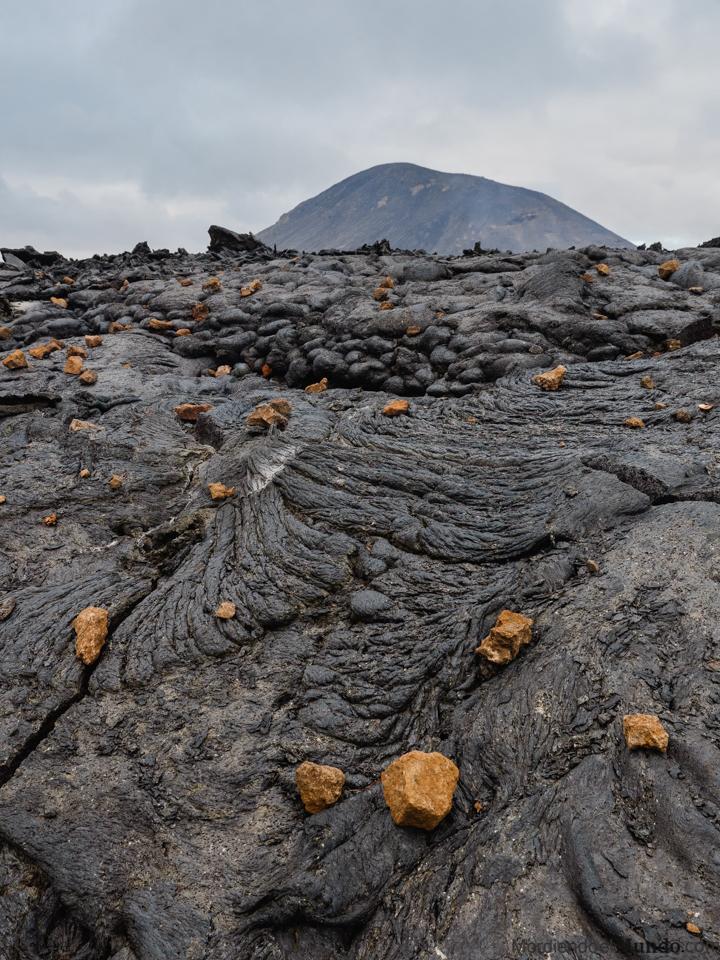 Mar de lava en el volcán islandés Geldingadalir